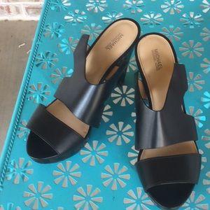 Sz 11 M Black Michael Kors Platform Heels
